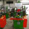 De hoge Efficiënte Aangepaste Machine van het Koord van de Macht Plastic en het Vormen van de Injectie van de Productie van de Pijp