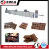 Barra de chocolate automática cheia que faz a máquina