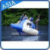 Acqua gonfiabile che fa galleggiare Saturno, attuatore gonfiabile del Saturno del gioco dell'acqua