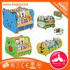 Les enfants étagère en bois des armoires de la maternelle