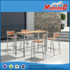 Bar superiore Set con 4PCS Barstool ed Un Bar Table