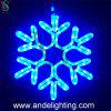De LEIDENE Sneeuwvlok van Kerstmis steekt Commerciële LEIDENE van het Venster Lichten aan