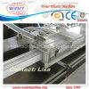 Finestra del PVC e macchinario dell'espulsione di profilo del portello