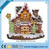 OEM het Decor van Kerstmis van het Ornament van het Huis van de Cake van de Decoratie van de Hars