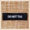 Etiqueta tecida preto personalizada do tipo