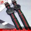 Yxl-251 단순한 설계 최신 깃발 줄무늬 나일론 결박 시계 여자 금 상자 석영은 남자 남녀 공통 손목 시계 형식 우연한 스포츠 Reloje를 본다