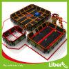 Corte dell'interno del trampolino degli adulti dei bambini del piano aziendale di Liben