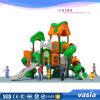 Parco di divertimenti esterno di stile della foresta del campo da giuoco