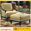 Chaise longue en bois avec ottoman pour chambre d'hôtel