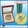 Medallas de metal con cinta de la medalla de monedas y caja de madera
