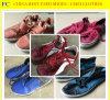 Sapatas usadas da segunda mão das sapatas e sapatas usadas sacos do esporte