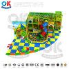 De verschillende BinnenApparatuur van de Speelplaats Uesful