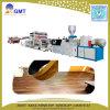Extrudeuse en plastique de vinyle de PVC de planche de feuille en bois d'étage faisant la machine