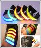 LEDの点滅の袖のアームバンド
