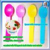 Tazón de fuente de helado y cuchara de helado de plástico con el tamaño de la diferencia para seleccionar