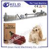 Professionelles schlüsselfertiges Haustier, das Gerät kaut