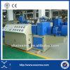 Tubulação do PVC que faz a linha da maquinaria