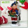 Resina Hotsale brilhando Xmas menino com estrelas de Natal um ornamento (NF14235A-4)