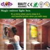 Espejo mágico que hace publicidad de la caja ligera del sensor