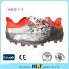 従来のLace-up閉鎖のサッカーの靴を並べるファブリック