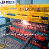 На заводе автоматических провод сварочного аппарата ячеистой сети