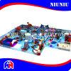 Cour de jeu 2016 d'intérieur avec le matériel électrique de dauphin