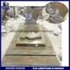 De Aangepaste Grafsteen van de metselaar Frankrijk met de Gesneden Karakters van het Beeldverhaal