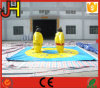 Juegos inflables del sumo con la estera de tierra