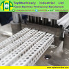 Plastikdekoration-Profil, welches das Pflanzen-Belüftung-Winkel-Profil herstellt Maschine bildet