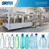 Linha de produção de engarrafamento automática cheia da água bebendo da tabela