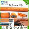 Cabo cobrando do plugue da potência de EV para o veículo eléctrico
