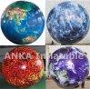 Большая планета раздувает полностью напечатанный глобус земли