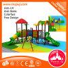 Kind-im Freienspielplatz-Geräten-Garten-Plättchen