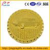 Divisa cruda del Pin del emblema del metal del chapado en oro con la insignia del coche grabada