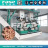 Pelota de madeira completa da biomassa do combustível da biomassa que faz a planta