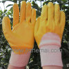 NBRの手袋の半分黄色いニトリルは手袋の安全作業手袋を浸した