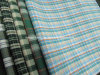 100% de los hilados de algodón teñido de comprobación de tela para camisas de colores
