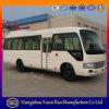 28のシートの小型乗客バス