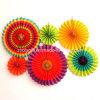Partido de la decoración colgante plegable de papel hecho a mano de la rueda del ventilador Flores con la cuerda y la etiqueta engomada