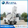 3.5 Individu de capacité de m3 chargeant le mélangeur concret