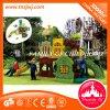 Kind-Vergnügungspark-im Freienspiel-Schloss-Spielplatz