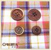 4 fori Reddish Brown Polyester Button con Burned Edge