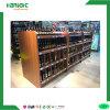 Hölzerne Flaschen-Wein-Bildschirmanzeige, die Zahnstangen-Regal zeigt
