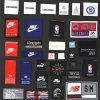Etiqueta tecida personalizada da boa qualidade da fábrica para o vestuário do esporte