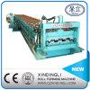 Rolo hidráulico da plataforma de assoalho que dá forma à maquinaria