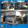 Ligne utilisation de papier de moulage de production à la machine de fabrication de plaque d'oeufs de pulpe pour le poulet de ferme