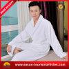 Albornoz atractiva caliente del cuarto de baño del hotel (ES3052312AMA)