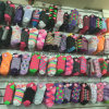 Zubehör-Großhandelsmassenaktien-Waren-Inhalt-Männer und Frauen-Socken