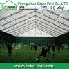 Grande barraca para eventos esportivos ao ar livre