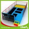 Rectangulaire cavalier intérieur pour enfants grand lit avec fosse de mousse